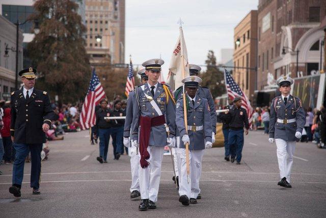 ICI HAP VeteransDayParade-5.jpg