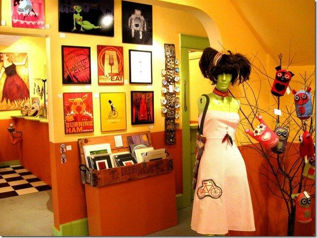 Naked Art Gallery Interior 1. Photo by Véronique Vanblaere..jpg