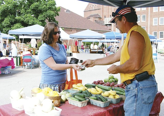 ICI-COMM-East-Lake-Farmers-Market.jpg