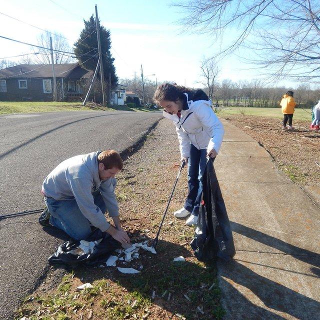 Volunteers Jack & Taylor Baskin_ South Pratt_South Pratt 3-4-17.JPG