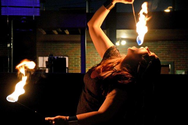 ICI-BIZARRE-Fire-Troupe4.jpg