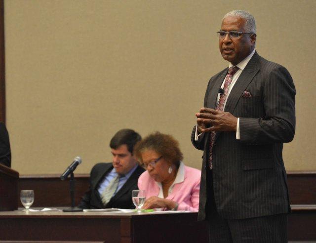 Mayoral Debate - Aug. 10 - 3.jpg