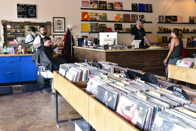 Shoppes-of-Crestwood6.jpg