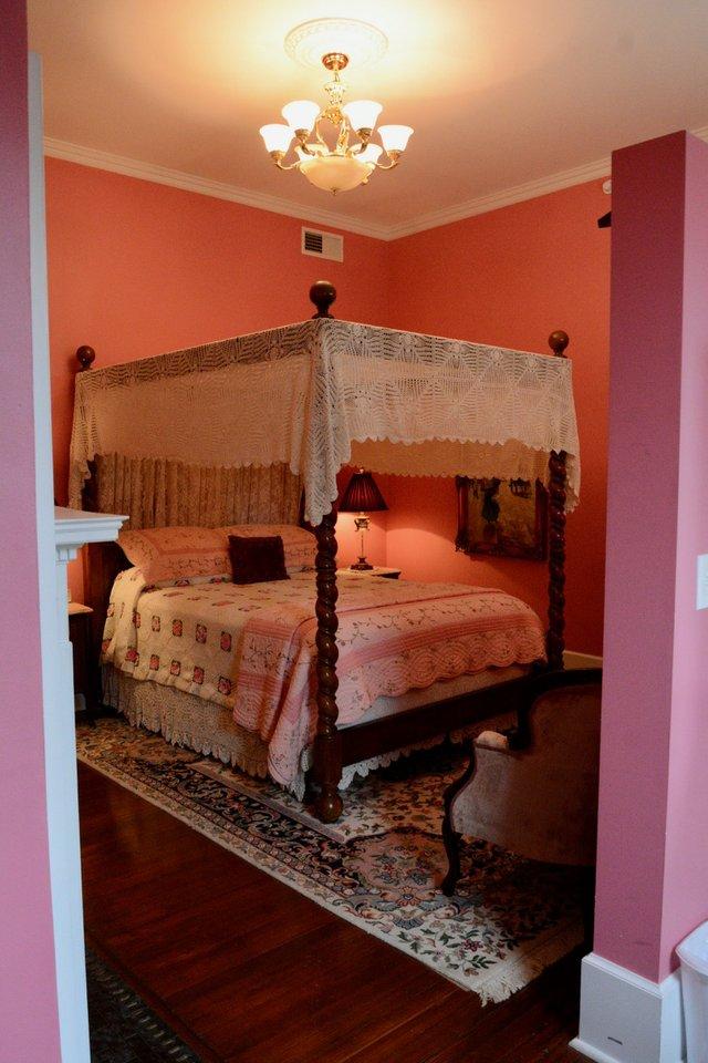 mansion - 9.jpg