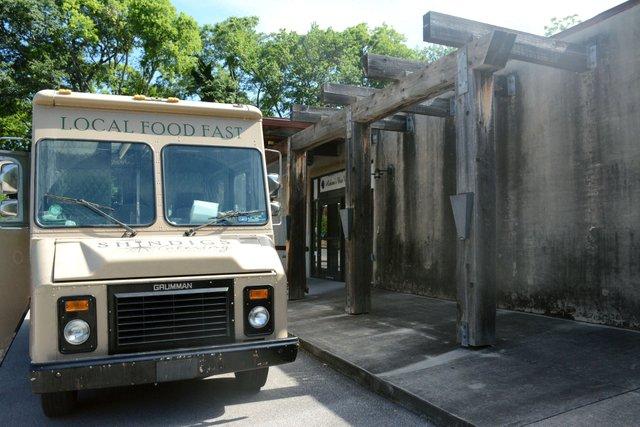 ICI-BITES-Shindigs--restaurant2a.jpg