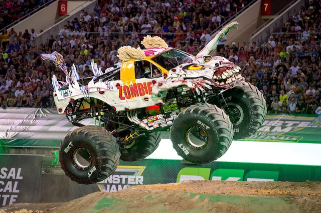 ICI-HAPPS-Monster-Trucks2.jpg