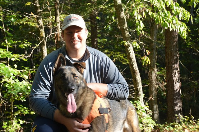 FEAT Red Mountain Search Dog Association7.JPG