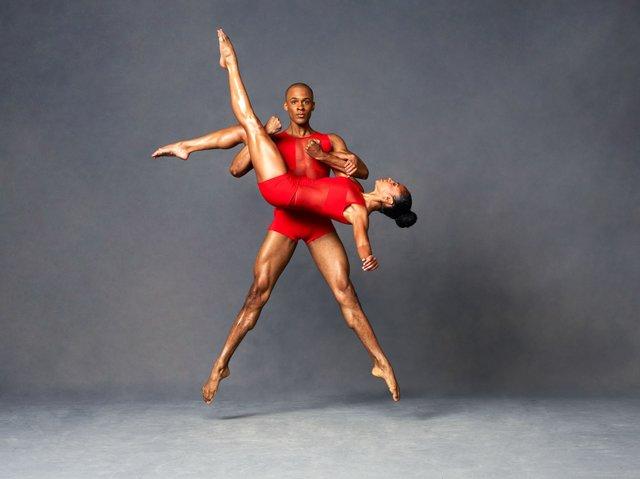 Alvin Ailey dancers 2017