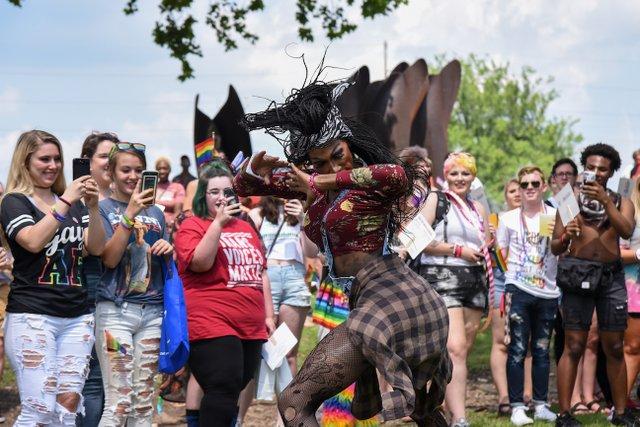 ICI HAPP Pridefest-18.jpg