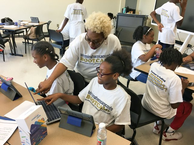 Lawson-State-coding-bootcamp_middle-school_6-27-18_teacher-Eula-Todd.jpg