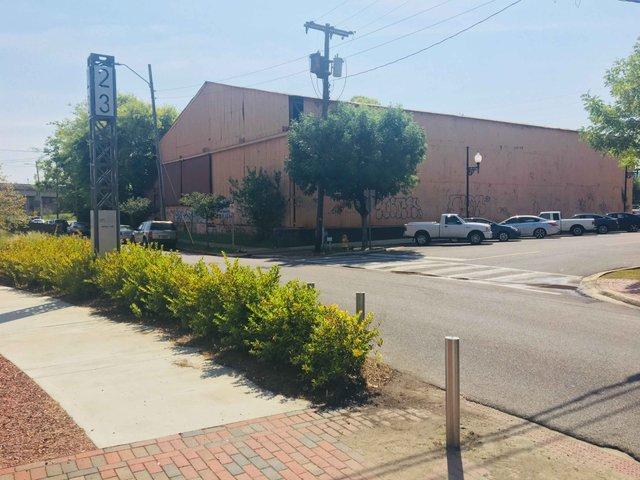 H2 & Dobbins mural building