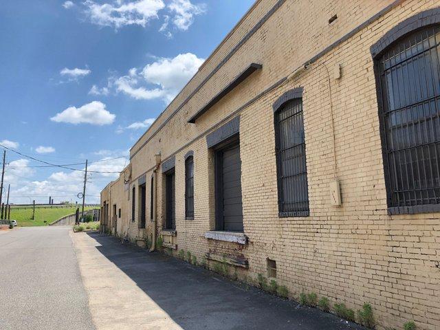 Lindsay warehouse_Morris Ave