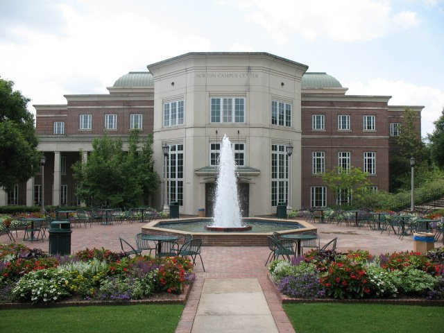 Norton_Campus_Center,_Birmingham-Southern_College_Jwrandolph.jpeg