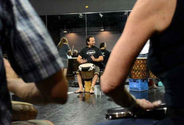 ICI-BIZARRE-Scalici-Drum-Circle1c.jpg